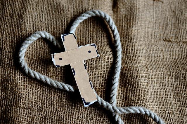 Trauerkreuz mit Herz